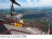 Купить «Пятигорск, станция канатной дороги на вершине горы Машук», фото № 2533106, снято 15 мая 2011 г. (c) Валерий Шилов / Фотобанк Лори