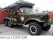 Военный автомобиль времен Великой Отечественной войны (2011 год). Редакционное фото, фотограф Ирина Королева / Фотобанк Лори