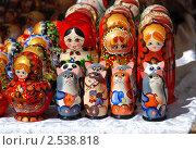 Купить «Русское народное творчество. Сувениры и игрушки», эксклюзивное фото № 2538818, снято 29 апреля 2010 г. (c) lana1501 / Фотобанк Лори
