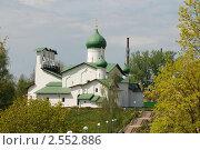 Псков. Церковь Богоявления с Запсковья (2011 год). Стоковое фото, фотограф Кардаш Валерия / Фотобанк Лори