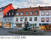 Купить «Фонтан с Нептуном на Рыночной площади, Падерборн, Германия», фото № 2650546, снято 20 июня 2011 г. (c) Fro / Фотобанк Лори
