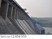 Купить «Братская ГЭС», фото № 2654910, снято 8 июня 2011 г. (c) Марина Зимина / Фотобанк Лори