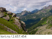 """Купить «Горы и скалы в природном парке """"Ергаки""""», фото № 2657454, снято 28 июня 2011 г. (c) Alexander Zholobov / Фотобанк Лори"""