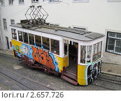 Лиссабон. Лифт Глория (2011 год). Редакционное фото, фотограф Александр Карябин / Фотобанк Лори
