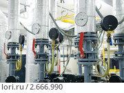 Купить «Оборудование газовой котельной», фото № 2666990, снято 15 апреля 2018 г. (c) Дмитрий Калиновский / Фотобанк Лори