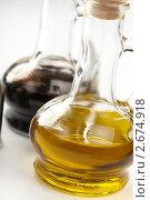 Оливковое масло и уксус. Стоковое фото, фотограф Dzianis Miraniuk / Фотобанк Лори