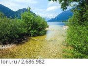 Купить «Альпийское озеро Грундлзее (Grundlsee), Австрия», фото № 2686982, снято 4 июня 2011 г. (c) Юрий Брыкайло / Фотобанк Лори