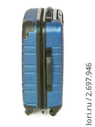 Купить «Синий чемодан на белом фоне», фото № 2697946, снято 24 сентября 2009 г. (c) Elnur / Фотобанк Лори