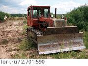 Бульдозер на базе трактора ДТ-75. Заготовление силоса. (2011 год). Редакционное фото, фотограф Павел Красихин / Фотобанк Лори
