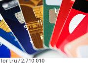 Кредитные карты крупным планом. Стоковое фото, фотограф bashta / Фотобанк Лори