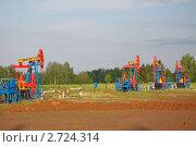 Нефтедобыча. Редакционное фото, фотограф Стругов Сергей Анатольевич / Фотобанк Лори
