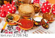 Еда на Масленицу. Стоковое фото, фотограф Яков Филимонов / Фотобанк Лори