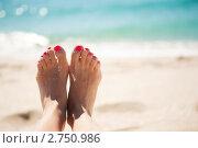 Ноги девушки на фоне моря. Стоковое фото, фотограф Анна Лисовская / Фотобанк Лори