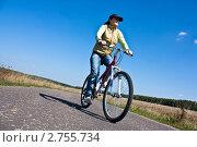 Девушка на велосипеде. Стоковое фото, фотограф Иван Губанов / Фотобанк Лори