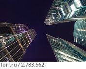 Высокие стены из стекла и металла (2011 год). Стоковое фото, фотограф Игорь Демидов / Фотобанк Лори