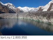 Купить «Озеро на леднике на высоте 4000 м, Тянь-Шань», фото № 2800950, снято 3 августа 2010 г. (c) Max Toporsky / Фотобанк Лори