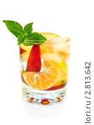 Фруктовый коктейль в стакане. Стоковое фото, фотограф Резеда Костылева / Фотобанк Лори