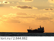 Купить «Закат на море», эксклюзивное фото № 2844882, снято 18 октября 2018 г. (c) Дмитрий Неумоин / Фотобанк Лори