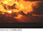 Закат на море. Стоковое фото, фотограф Дмитрий Неумоин / Фотобанк Лори