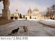 Ростовский кремль - внутренний двор (2009 год). Редакционное фото, фотограф Денис Ларкин / Фотобанк Лори