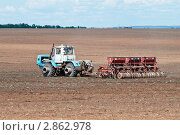 Купить «Сев озимых», фото № 2862978, снято 27 августа 2011 г. (c) Вадим Орлов / Фотобанк Лори