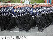 Купить «Военнослужащие военно-морского флота на репетиции парада в честь победы в Великой Отечественной войне», фото № 2883474, снято 6 мая 2010 г. (c) Losevsky Pavel / Фотобанк Лори