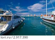В порту Родоса (2011 год). Редакционное фото, фотограф Терещенко Марина / Фотобанк Лори