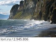 Купить «Скалы на берегу Авачинской бухты (Камчатка)», фото № 2945806, снято 4 сентября 2011 г. (c) А. А. Пирагис / Фотобанк Лори