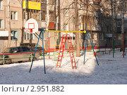 Детская площадка зимой. Стоковое фото, фотограф Алексей Смелков / Фотобанк Лори