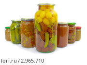 Купить «Овощи, консервированные в стеклянных банках», фото № 2965710, снято 20 ноября 2011 г. (c) Александр Романов / Фотобанк Лори