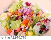 Салат из свежих овощей. Стоковое фото, фотограф Дмитрий Куш / Фотобанк Лори
