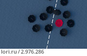 Купить «Конфликтная ситуация. Концепция с черными и красным зонтами», иллюстрация № 2976286 (c) Андрей Соколов / Фотобанк Лори
