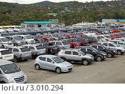 Авто-Лидер, продажа автомобилей. Панорама. (2011 год). Редакционное фото, фотограф Елена Семистенова / Фотобанк Лори