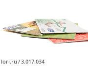Кредитные карточки на белом фоне (2011 год). Редакционное фото, фотограф Фотиев Михаил / Фотобанк Лори