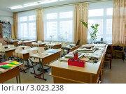 Школьный кабинет изо перед уроком. Стоковое фото, фотограф Володина Ольга / Фотобанк Лори