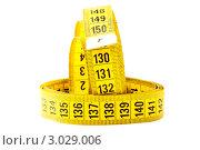 Желтая измерительная сантиметровая лента. Стоковое фото, фотограф Александр Харченко / Фотобанк Лори