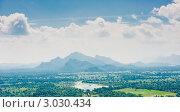 Купить «Вид со скалы Сигирия (Sigiriya). Шри Ланка», фото № 3030434, снято 11 декабря 2010 г. (c) E. O. / Фотобанк Лори
