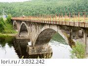 Купить «Арочный железнодорожный мост на Кругобайкальской железной дороге», эксклюзивное фото № 3032242, снято 5 августа 2007 г. (c) Солодовникова Елена / Фотобанк Лори