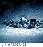 Купить «Ювелирные изделия - кольцо и драгоценные камни», фото № 3039462, снято 18 мая 2011 г. (c) ElenArt / Фотобанк Лори