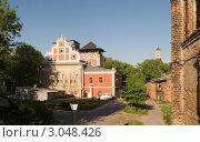 Купить «Москва. Симонов монастырь», фото № 3048426, снято 19 мая 2011 г. (c) Бурмистрова Ирина / Фотобанк Лори