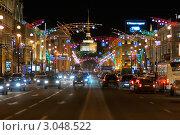 Купить «Невский проспект с новогодней иллюминацией», фото № 3048522, снято 28 декабря 2008 г. (c) Vladimir Kolobov / Фотобанк Лори