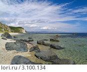 Купить «Японское море, пейзаж со скалистым берегом», фото № 3100134, снято 5 сентября 2010 г. (c) Олег Рубик / Фотобанк Лори
