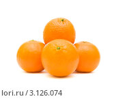 Купить «Апельсины на белом фоне», фото № 3126074, снято 25 августа 2019 г. (c) Ласточкин Евгений / Фотобанк Лори