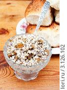 Купить «Кутья и пирожки с маком», эксклюзивное фото № 3126102, снято 7 января 2012 г. (c) Короленко Елена / Фотобанк Лори