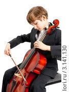 Купить «Мальчик исполняет музыку на виолончели», фото № 3141130, снято 11 мая 2009 г. (c) Владимир Мельников / Фотобанк Лори