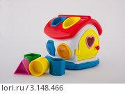 Купить «Детская игрушка-головоломка», фото № 3148466, снято 14 декабря 2018 г. (c) Сорокина Юлия / Фотобанк Лори