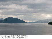 Тучи над фьордом. Вода и горы. Норвегия (2011 год). Стоковое фото, фотограф Егор Архипов / Фотобанк Лори