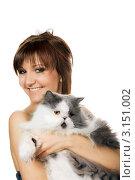 Купить «Красивая девушка с персидским котом», фото № 3151002, снято 6 января 2012 г. (c) ElenArt / Фотобанк Лори