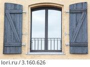Купить «Окно со ставнями», фото № 3160626, снято 2 января 2012 г. (c) Stockphoto / Фотобанк Лори