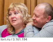 Счастливая пара. Мужчина обнимается с женщиной. Стоковое фото, фотограф Игорь Низов / Фотобанк Лори